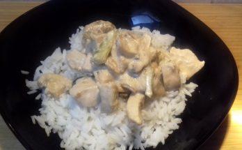 stroganoff csirkemell rizzsel