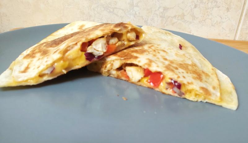 mexikói kukoricás sajtos csirkés quesadilla